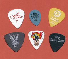 6 guitar picks  (lot 47)  #GuitarPicks