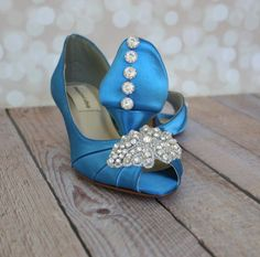 Dress up your trip down the aisle with these lovely kitten heel peep toe wedding shoes! These 1 3/4 bridal heels (measured like this: