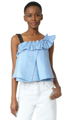 ¡Cómpralo ya!. One By Unitedwood Tao Cropped Asymmetrical Ruffled Top - Sky Blue. Description UnitedWood, selected for Shopbops ONE by collection for its elegant aesthetics and edgy femininity. ONE by is home to exceptional pieces from established and emerging designers. A tweed UnitedWood top, styled with a gathered ruffle trimming the neckline and shoulder strap. Crossover pleated panels drape over the front. Fabric: Tweed. 100% polyester. Hand wash or dry clean. Imported, Malaysia…