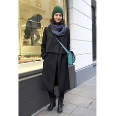 ロングコートやファージャケット。パリの最新スナップより、気になるアウターをチェック。 ( page 8 ) | VOGUE