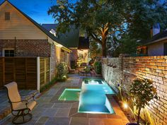 Amazing Natural Small Pools Design Ideas For Backyard 38 – Small Backyard Pools Pools For Small Yards, Small Swimming Pools, Small Backyard Pools, Swimming Pools Backyard, Pool Landscaping, Outdoor Pool, Nice Pools, Outdoor Furniture Small Space, Small Outdoor Spaces
