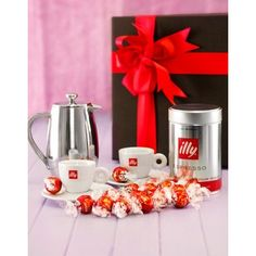A tin of Illy Espresso coffee, a 2 cup stainless steel Mocca coffee pot, a set of branded Illy espresso cups, and melt in your mouth Lindt chocolates. Espresso Cups, Espresso Coffee, Homemade Soup, Homemade Gifts, Coffee Hampers, Chocolate Hampers, Lindt Chocolate, Biltong, Christmas Hamper