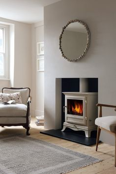 The experts at Chesney's share their advice on how to pick the perfect fireplace for every home