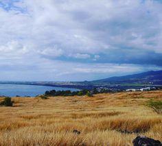 La baie de Saint-Paul  #974 #974island #reunionparadis #reunionisland #reuniontourisme #lareunion #iledelareunion #gotoreunion #igerslareunion #igersfrance #trail #trailrunning #ocean #sea #tropical #savane #skyporn #landscape #nature #naturelovers #mothernature #sky #clouds #paradise #photooftheday #picoftheday #view #vue by jowpicks