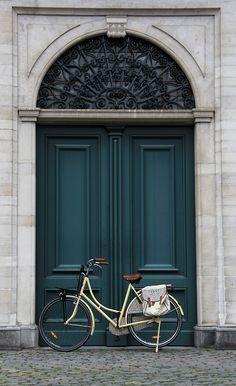 Love the door! great colour, and the bike is great too #teal #grandiose #door #intricate #details #frontdoor