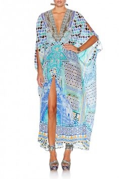 Camilla Caftan Crazy - The English Room Camilla Kaftan, Confessions Of A Shopaholic, Turquoise Color, Pretty Outfits, Going Out, Beachwear, Cover Up, Caftans, My Style
