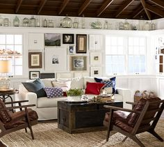 An American themed living room if we've ever seen one!