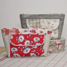 free pattern - Bag-in-bag with card pockets