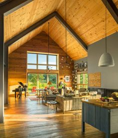 Une grange moderne dans le Vermont – PLANETE DECO a homes world Une grange moderne dans le Vermont – PLANETE DECO a homes world,loft and architects' house Related DIY Wood Projects ideas to. Modern Barn House, Barn House Plans, Barn Plans, Small House Plans, Rustic Home Design, Pole Barn Homes, Pole Barns, Style At Home, Tiny House Design