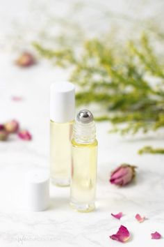 Learn how to make a simple DIY cuticle oil with essential oils. This nourishing recipe can help moisturize dry cuticles and strengthen brittle nails. Dry Cuticles, Dry Nails, Vitamins For Strong Nails, Nail Oil, Brittle Nails, Nail Growth, Nail Polish Bottles, Cuticle Oil, Nail Fungus