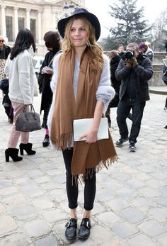 Fluffy jumper + tan scarf + black rolled-up skinny jeans + black buckled shoes