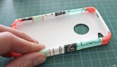 This is so easy! -DIY iPhone case. I am so going to try this. Perfect for a birthday present.