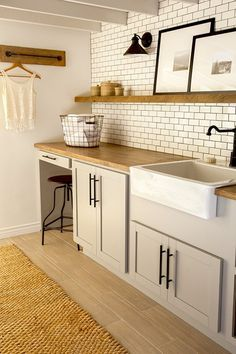 13 Laundry Room Makeovers That Will Actually Amaze You
