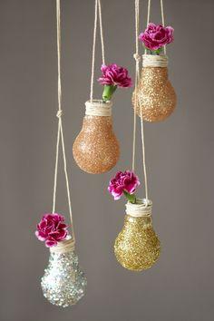DIY ampoule vase supendu