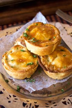 Easy Mince Pies - easy dinner inspiration - Aninas Recipes #foodstyling #foodblog