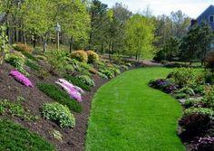 Steep Hillside Landscaping, Sloped Backyard Landscaping, Landscaping On A Hill, Hillside Garden, Landscaping Ideas, Sloping Garden, Landscaping Software, Country Landscaping, Backyard Patio