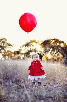 One year old. Hanna Mac Photography.