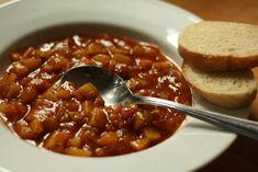 U nás na kopečku: Cuketa v červeném kabátku na rozmarýnu Chili, Soup, Chilis, Soups, Soup Appetizers, Chile