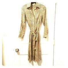 Silk Shirt dress 95%silk 5% spandex Built by Wendy Dresses