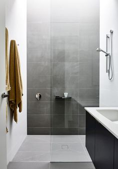 There's a Small Bathroom Design Revolution and You'll Love These Rule-breaking Trends Laundry In Bathroom, Bathroom Renos, Bathroom Wall Decor, Bathroom Interior, Modern Bathroom, Small Bathroom, Minimal Bathroom, White Bathroom, Stone Bathroom