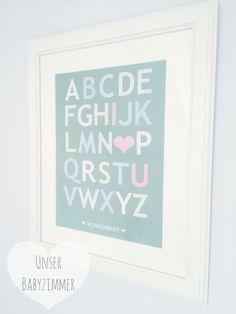 Das Alphabet lässt sich doch am besten lernen, wenn man eine kleine Nachricht für seinen Liebling darin versteckt... ♥️  #babyzimmer #hellgrau #dekoration #lightgrey #babyroom #decoration