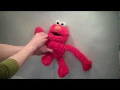 2006 Sesame Street Stretch and Fun Elmo Plush By Fisher Price http://www.youtube.com/user/katrina9799?feature=mhee Subscribe today!  We specialize in toy videos!! We actively search out the most fun talking, dancing, singing and jiggling toys out there! You will find VERY old pull string toys by Mattel, Ideal, Hasbro, Tyco, TCFC, and others to m...