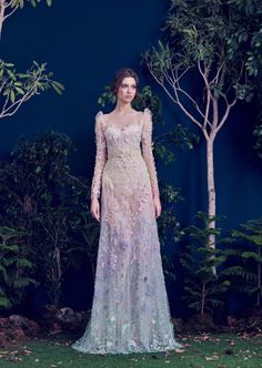 5 Unconventional Wedding Dresses For The Modern Bride  Princessly Press.... so beautiful
