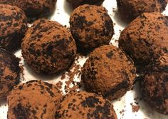 Tiramisu golyók   Nati Ka receptje - Cookpad receptek Tiramisu, Cookies, Chocolate, Food, Crack Crackers, Biscuits, Essen, Chocolates, Meals