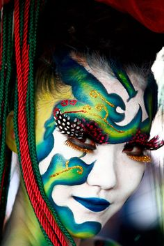 The Daegu International Body Painting Festival 2012 in South Korea ~ Picture: EPA/JEON HEON-KYUN ~ wtb
