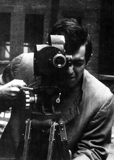 Kubrick. Filming Alexander Singer. Alexander Singer. Photographing Kubrick. In 1955.
