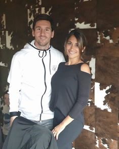 Leo Messi and wife Messi And Wife, Lionel Messi Wife, Lionel Messi Biography, Real Soccer, Soccer Fans, Soccer Players, Football Soccer, Lionel Messi Instagram, Rugby