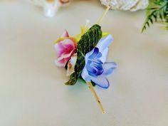 Hawaiian bamboo hair clip, tropical fascinator, tiki headpiece, with colorful tropical flowers, leaves, seashells and bamboo! The perfect rockabilly summer beach hair accessory! Handmade and only one of a kind!