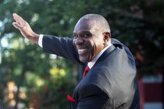 Hall of Fame outfielder Andre Dawson will be honored on Nov. 14 with the 2017 Lifetime Achievement Award at the Legends of Youth Dinner in…