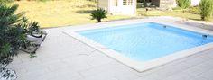 piscine coque unique chez piscine oxygene tr s tendance ce mod le se d cline en plusieurs. Black Bedroom Furniture Sets. Home Design Ideas