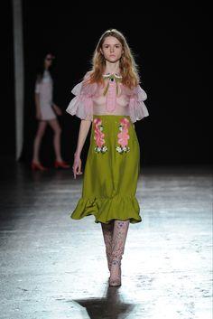 Sfilata Vivetta Milano - Collezioni Autunno Inverno 2016-17 - Vogue