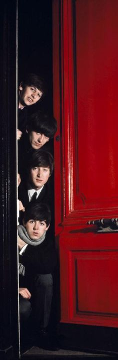The Beatles: Ringo Starr, George Harrison - John Lennon - & Paul McCartney: Red Door, London by Jean-Marie Perier Ringo Starr, George Harrison, Paul Mccartney, John Lennon, Abbey Road, Great Bands, Cool Bands, Music Rock, El Rock And Roll