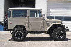 1973 FJ40 Toyota Land Cruiser –Complete frame off restoration.