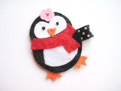 Penguin felt clip