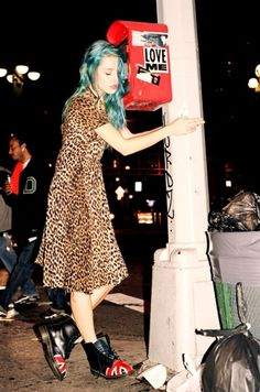 Grunge doc martens/ u. Tokyo Street Fashion, 90s Fashion Grunge, Punk Fashion, Grunge Outfits, Fashion Shoot, Girl Fashion, Estilo Indie, Estilo Rock, Outfits Inspiration