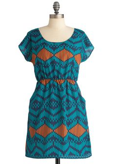I have somewhat similar fabric I think would look cute on this dress! Gonna need to make it now .....
