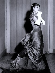 Maria Callas wearing a costume designed by Lila di Nobili for Verdi's 'La traviata', Alla Scalla, Milan, 1955