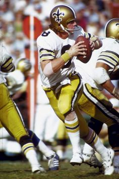 The only Saints player that I like and would cheer for!!!!!!! Archie Manning