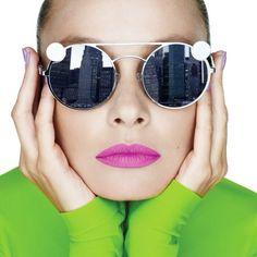 La síntesis sustractiva de cian magenta y amarillo construye toda una gama cromática del maquillaje. Ve la historia completa en la más reciente edición impresa de #HarpersBazaarMx. Fotografía: @zoltantombor. #BazaarMx #HarpersBazaarMx #ThinkingFashion  via HARPER'S BAZAAR MEXICO MAGAZINE OFFICIAL INSTAGRAM - Fashion Campaigns  Haute Couture  Advertising  Editorial Photography  Magazine Cover Designs  Supermodels  Runway Models