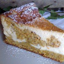 Käse- Möhren- Kuchen mit Haselnüssen
