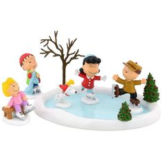 Peanuts Christmas Skating Pond Village Decor by Department 56 (Brown)