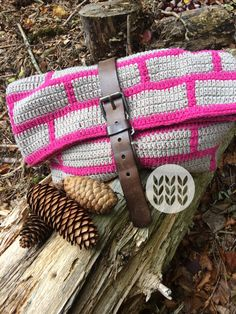 Toiletry bag cotton pink & beige. Message me for a custom order. Pink Beige, Cotton Bag, Toiletry Bag, Slippers, Reusable Tote Bags, Handmade, Crocheting, Baby Newborn, Cosmetic Bag