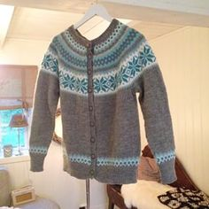 Nancy-kofte Fair Isle Knitting, Cardigans, Sweaters, Knit Crochet, Patterns, Create, Kids, Clothes, Accessories