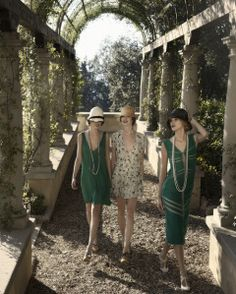 Love this 20's inspired look...and that jade hue is gorgeous! I will definitely borrow from this....