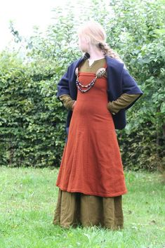 Maja Satz viking dress, from Sysidan