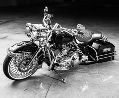 """477 Likes, 3 Comments - HD Tourers & Baggers (@hd.tourers.and.baggers) on Instagram: """"This week's theme : Black & White ===================== Tag #hdtabbandw for a chance to be…"""""""